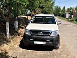 Toyota Hilux 2007 года за 6 000 000 тг. в Шымкент – фото 4