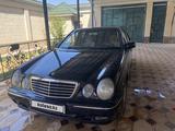 Mercedes-Benz E 240 2001 года за 3 200 000 тг. в Шымкент