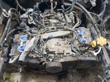 Головки двигателя в сборе субару оутбек 2007г об 2, 5 за 45 000 тг. в Актобе