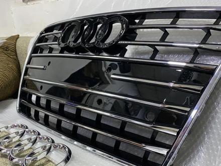 Решетка радиатора Audi A7 за 120 000 тг. в Алматы – фото 2