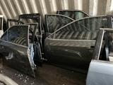 Дверь Toyota Camry 50 за 1 000 тг. в Караганда