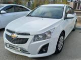 Chevrolet Cruze 2011 года за 3 700 000 тг. в Атырау – фото 3