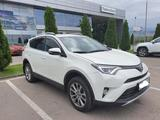 Toyota RAV 4 2018 года за 13 200 000 тг. в Алматы – фото 3