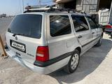 Volkswagen Golf 1993 года за 1 850 000 тг. в Шымкент – фото 2