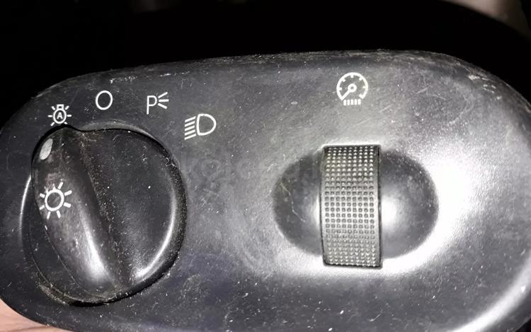 Кнопки включения фар на Форд Эксплорер Ford Explorer 2002-2007 за 10 000 тг. в Алматы