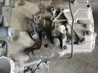 Механическая коробка передач CR-V (2 поколение)! за 150 000 тг. в Алматы