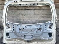 Дверь багажника на Субару Оутбак 2013 года за 10 000 тг. в Алматы