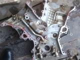 Лобовая крышка двигателя 1GR Toyota Prado 4литра за 60 000 тг. в Шымкент – фото 2