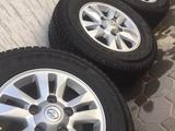 Комплект дисков с резиной Toyota Land Cruiser 200 за 180 000 тг. в Алматы – фото 2