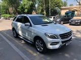 Mercedes-Benz ML 400 2014 года за 17 000 000 тг. в Алматы – фото 4