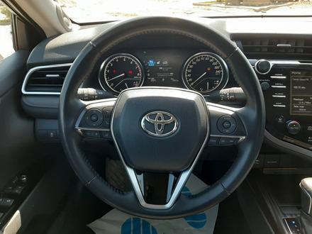 Toyota Camry 2019 года за 13 300 000 тг. в Костанай – фото 15