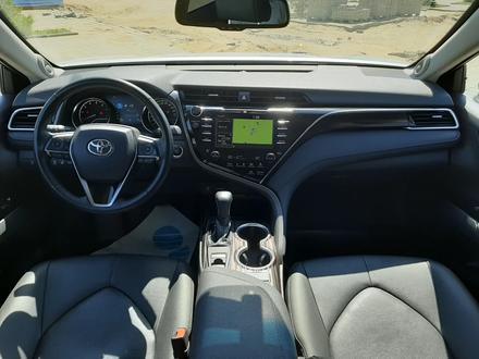 Toyota Camry 2019 года за 13 300 000 тг. в Костанай – фото 13