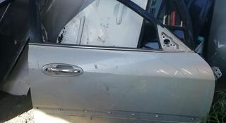 Hyundai Sonata 5 EF дверь за 100 тг. в Алматы