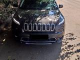Jeep Cherokee 2014 года за 10 950 000 тг. в Алматы – фото 2
