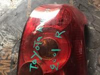 Задние фары права универсал на на Toyota Avensis за 10 000 тг. в Алматы