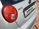 Chevrolet Matiz 2009 года за 1 950 000 тг. в Шымкент – фото 4