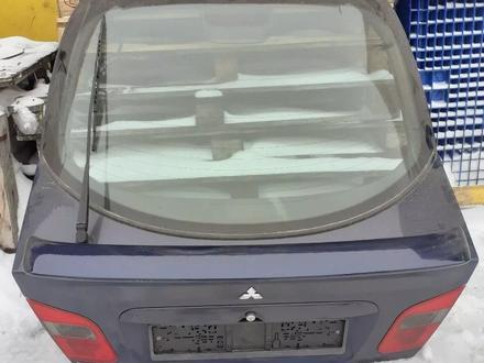 Крышка багажника за 35 000 тг. в Караганда
