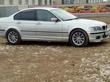 BMW 318 2001 года за 2 200 000 тг. в Атырау – фото 3