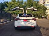 Tesla Model X 2018 года за 39 500 000 тг. в Алматы – фото 2