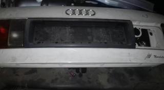 Крышка багажника на Ауди за 1 111 тг. в Костанай