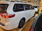 Toyota Sienna 2018 года за 23 000 000 тг. в Алматы – фото 4