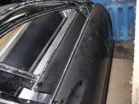 Передняя правая дверь на Mercedes Benz w221 голая за 120 000 тг. в Алматы