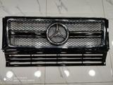 Решетка радиатора Mercedes Benz G-Class Гелентваген за 45 000 тг. в Алматы