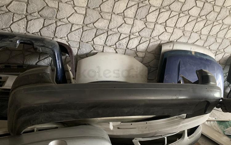 Toyota caldina 195 бампер за 25 000 тг. в Усть-Каменогорск