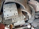 Колодки на вольво fh-12 в Капшагай