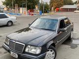 Mercedes-Benz E 320 1994 года за 2 200 000 тг. в Бишкек – фото 3