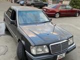 Mercedes-Benz E 320 1994 года за 2 200 000 тг. в Бишкек – фото 4