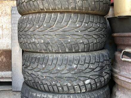 Зимние шины с щипами за 70 000 тг. в Алматы