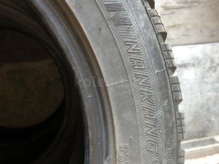 Зимние шины с щипами за 70 000 тг. в Алматы – фото 3