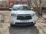 Toyota Highlander 2014 года за 14 000 000 тг. в Уральск