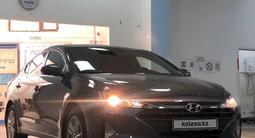 Hyundai Elantra 2019 года за 8 400 000 тг. в Шымкент