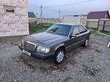 Mercedes-Benz E 200 1994 года за 1 300 000 тг. в Усть-Каменогорск