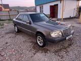 Mercedes-Benz E 200 1994 года за 1 300 000 тг. в Усть-Каменогорск – фото 2