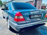 Mercedes-Benz C 280 1994 года за 2 300 000 тг. в Алматы – фото 3