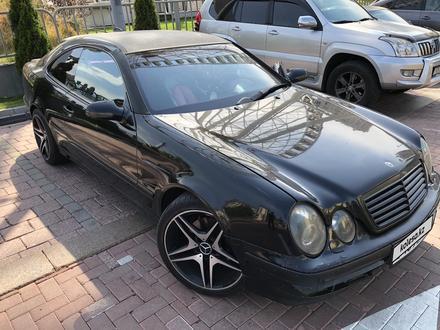 Mercedes-Benz CLK 320 2001 года за 3 100 000 тг. в Алматы – фото 8