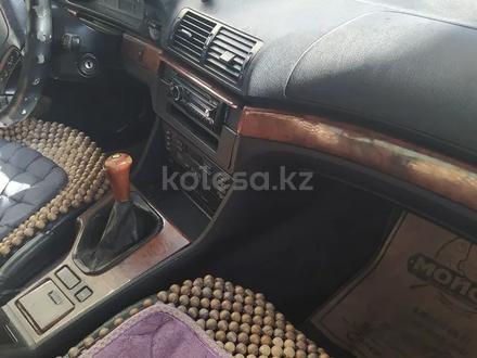 BMW 528 1996 года за 2 100 000 тг. в Сарыагаш