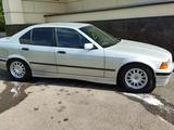 BMW 323 1993 года за 2 000 000 тг. в Алматы