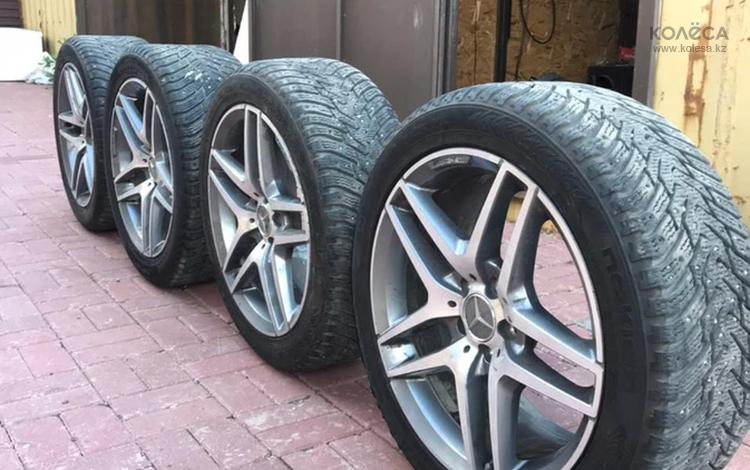 Шины с дисками оригинал Mersedes AMG за 330 000 тг. в Нур-Султан (Астана)