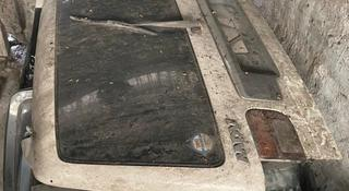 Крышка багажника дверь задняя за 30 000 тг. в Алматы