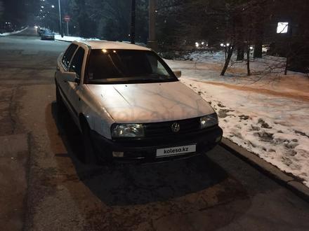Volkswagen Vento 1992 года за 800 000 тг. в Алматы – фото 4