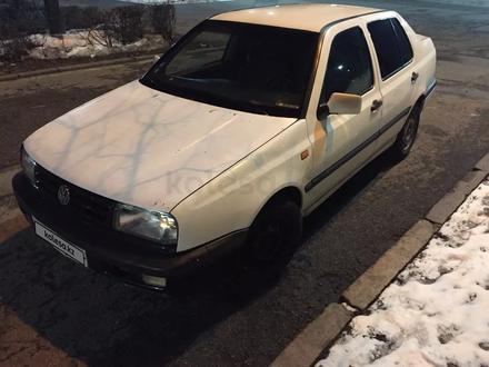 Volkswagen Vento 1992 года за 800 000 тг. в Алматы – фото 5