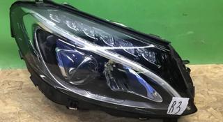 Астана Фара правая Mercedes C class w205 c205 ц205 LED за 225 000 тг. в Нур-Султан (Астана)