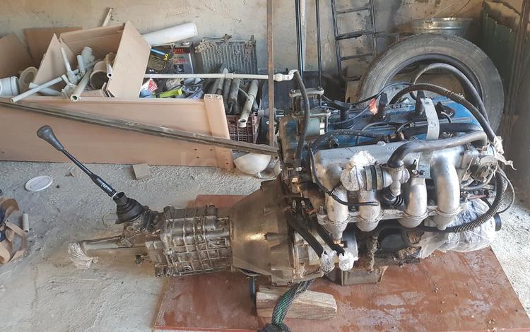 Двигатель и коробка за 390 000 тг. в Актау