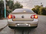 Volkswagen Passat 2007 года за 3 500 000 тг. в Кызылорда – фото 2