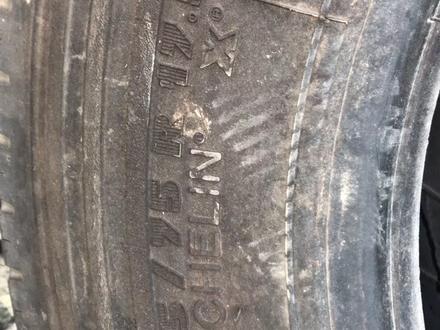Мерседес 709 809 Vario шины 205/75/r17.5 мишлен передковая в Караганда – фото 3