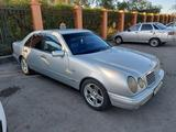 Mercedes-Benz E 200 1996 года за 1 600 000 тг. в Атырау